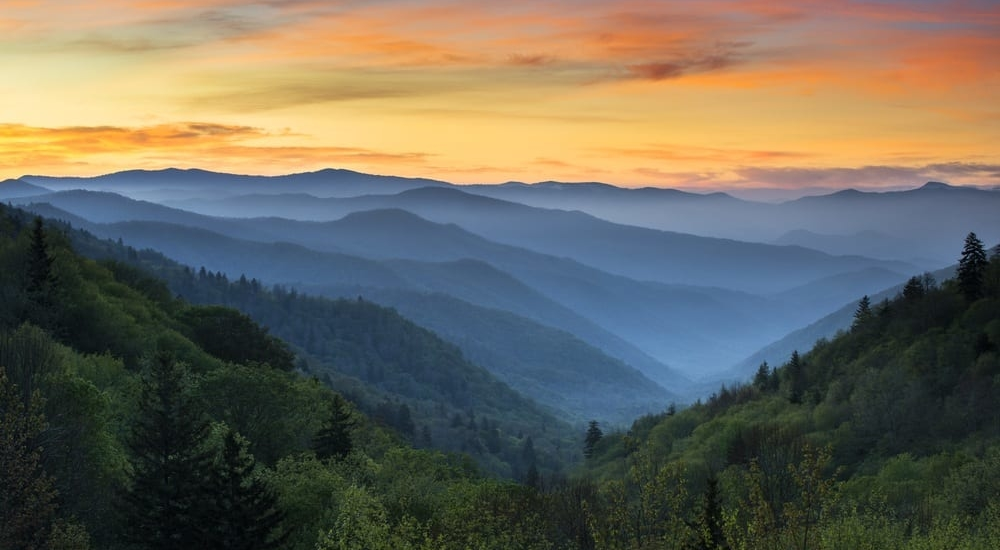 5 Reasons to Go Camping Near the Smoky Mountains